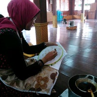 Photo taken at Museum Tekstil,  Jakarta Pusat by Ella T. on 2/1/2014