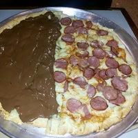 Foto tirada no(a) Mister Pizza por Hemiliane P. em 4/1/2014