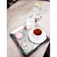 6/8/2014 tarihinde Ozge E.ziyaretçi tarafından Cafe R.E.A.D'de çekilen fotoğraf
