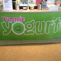 Photo taken at Yummie Yogurt by Batty Boo A. on 11/14/2013