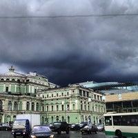 Снимок сделан в Мариинский театр пользователем Dmitry M. 6/17/2013