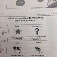 Foto diambil di Biblioteca Facultad de Económicas oleh Elina M. pada 6/3/2014