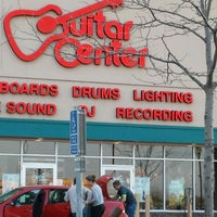 Photo taken at Guitar Center by Angeles M. on 5/18/2014