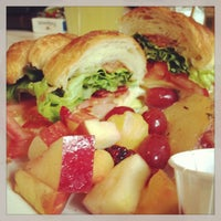 Photo taken at Haute Cakes Caffe by 100eats .. on 9/14/2013