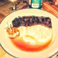 9/30/2017 tarihinde Annetziyaretçi tarafından Steak It Easy'de çekilen fotoğraf