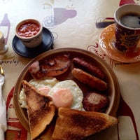 Photo taken at Cathedral Cafe by Arício S. on 12/20/2013