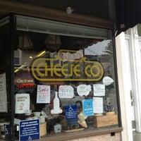 3/2/2013 tarihinde cbcastroziyaretçi tarafından 24th Street Cheese Company'de çekilen fotoğraf