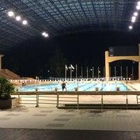 Photo taken at Kompleks Sukan Likas Swimming Pool by Jelly_Paradise on 4/8/2014