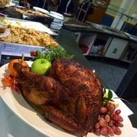 11/26/2014 tarihinde Yodi Y.ziyaretçi tarafından Leo O'Donovan Dining Hall, Georgetown University'de çekilen fotoğraf