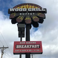 Photo taken at Wood Grill Buffet by Paul G. on 11/20/2016