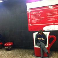 Photo taken at Parada 8 - Metro La Moneda (PA166) by Carlota F. on 7/10/2014