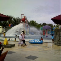 Photo taken at Kenari Waterpark Bontang by Ned K. on 1/5/2014