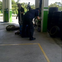 Photo taken at lian hup tyre and battery by ezamudin m. on 1/11/2014