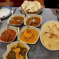 Photo taken at Restaurante Taj by Noe on 1/5/2014