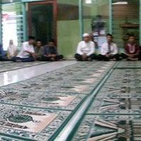 Photo taken at SMA Negeri 13 Surabaya by Faisal S. on 7/18/2014