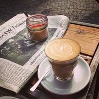 Das Foto wurde bei KaffeeBar von Sebastian W. am 6/17/2013 aufgenommen