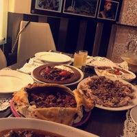 8/17/2017 tarihinde Saraziyaretçi tarafından Osmanli restaurant مطعم عُصمنلي'de çekilen fotoğraf