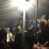 Photo taken at Bebek Tugu Pahlawan by Army H. on 3/11/2013