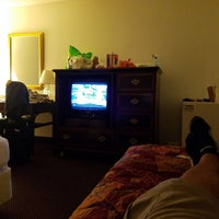 Photo taken at Anaheim Plaza Hotel & Suites by Kristopher H. on 8/20/2016