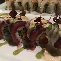Photo taken at Oishii Too Sushi Bar by Larissa S. on 1/29/2016