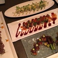 Photo taken at Oishii Too Sushi Bar by Larissa S. on 10/7/2016