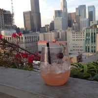 Photo prise au Upstairs Rooftop Lounge at Ace Hotel par ブルーノ le5/22/2014