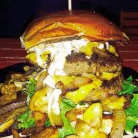 11/17/2015にFlorian F.がDulf's Burgerで撮った写真