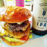 Das Foto wurde bei Otto's Burger von Florian F. am 10/25/2016 aufgenommen