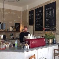 Photo prise au Café µ (mü) par Florian F. le3/15/2014
