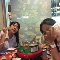 Photo taken at Hot Pot Inter Buffet by Angooniiex🍇 on 4/7/2017