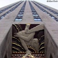Foto tomada en Rockefeller Center por Albert C. el 5/16/2013