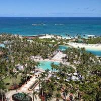 Photo taken at Atlantis Paradise Island by tk-tuzu on 4/9/2013