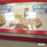 Photo taken at Domino's Pizza by 🔥BULUT . on 2/7/2016