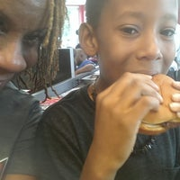Photo taken at Steak 'n Shake by Jean P. on 7/27/2013