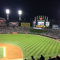 Photo taken at Guaranteed Rate Field by perla o. on 7/25/2013