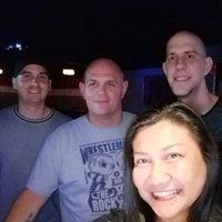 รูปภาพถ่ายที่ Redemption Nightclub & Lounge โดย Jeralyn M. เมื่อ 5/15/2018