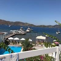 Foto scattata a Poseidon Boutique Hotel & Yacht Club da Mehmet Ö. il 9/3/2017