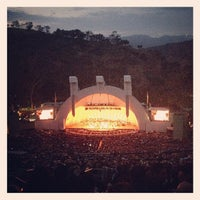 Foto tomada en The Hollywood Bowl  por Bobby M. el 7/21/2013