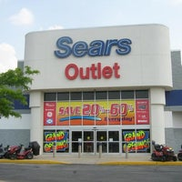 Photo taken at Sears Outlet - Closed by Sears Hometown & Outlet S. on 9/24/2014
