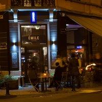 Photo prise au Émile Bistro par Émile Bistro le11/19/2013
