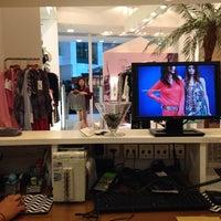 Photo taken at Espaço Fashion by Julia M. on 2/26/2014