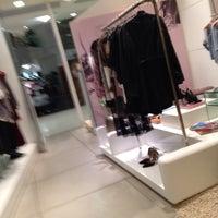 Photo taken at Espaço Fashion by Julia M. on 3/18/2014