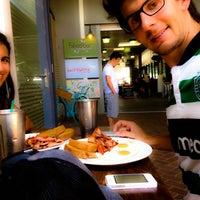 Photo taken at Berry Jetz Cafe by Fábio H. on 2/1/2014