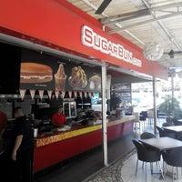 Photo taken at Sugar Bun Cafe by Mohammad B. on 12/6/2013