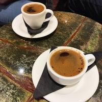Das Foto wurde bei Carpo von Noura A. am 3/10/2018 aufgenommen