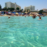 Photo taken at Fig Tree Bay by Ta A. on 6/29/2013