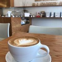 Снимок сделан в Blue Bottle Coffee пользователем Mbindhai 🇦🇪🇺🇸 7/15/2018