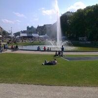 Foto tomada en Jubelpark / Parc du Cinquantenaire por Alexei S. el 9/16/2012