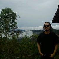 Photo taken at Ayam Goreng Batu Tumpang by Dede SP on 6/6/2013