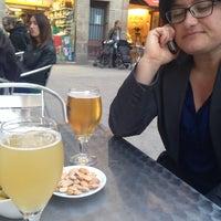 4/18/2014에 Aurora F.님이 Bar Flassaders에서 찍은 사진